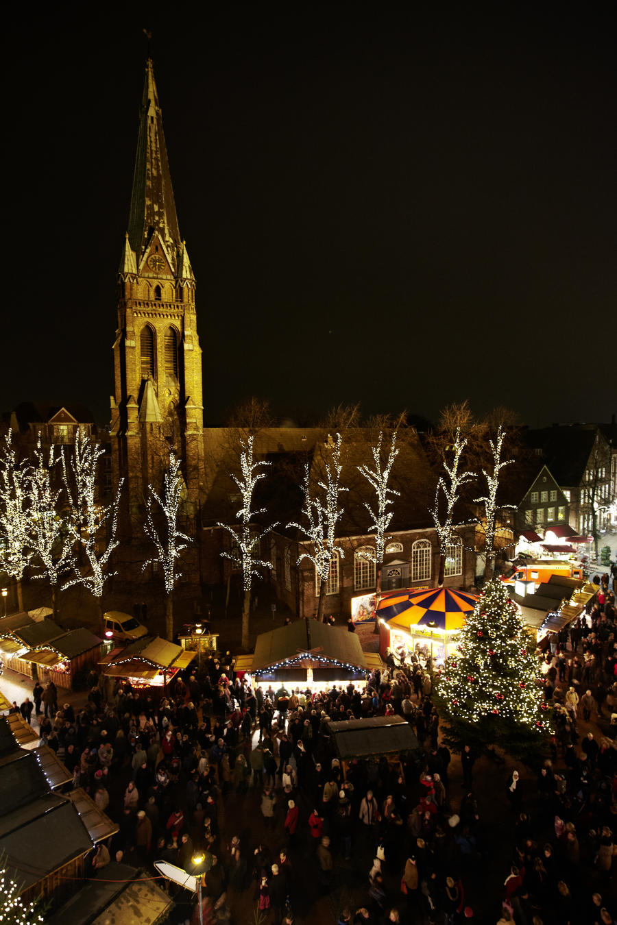 Weihnachtsmarkt Elmshorn.Lichtermarkt Stadt Elmshorn